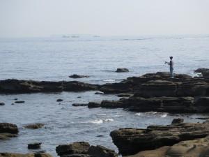 観音崎の釣り人
